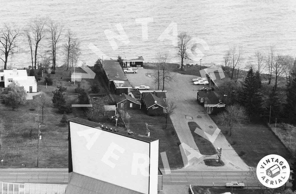 Vintage Aerial | Wisconsin | Kenosha County | 1974 | 20-KKE-12