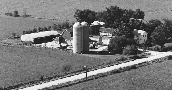 Vintage Aerial photo from 1983 in Bremer County, IA