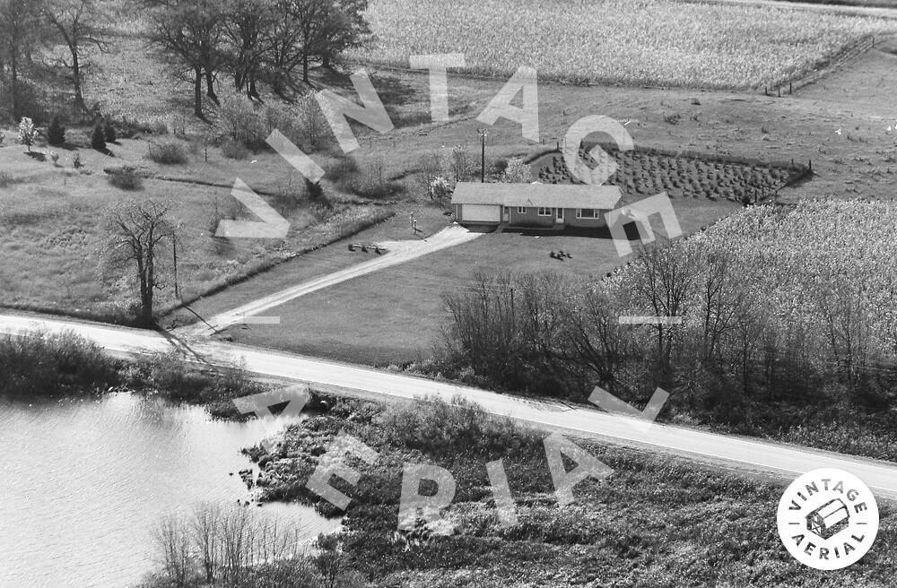 Vintage Aerial | Wisconsin | Kenosha County | 1974 | 61-KKE-18